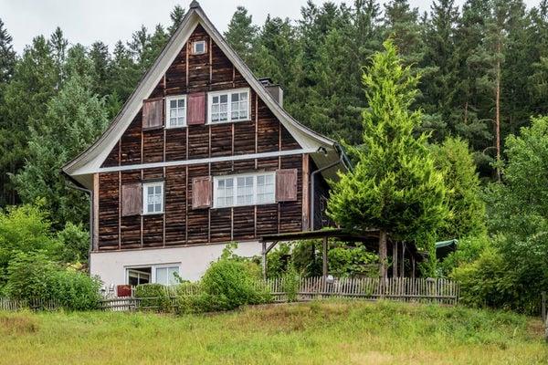 Ferienwohnungen/Ferienhäuser: 4-Sterne-Urlaub im Schwarzwald - freistehendes Feriendomizil mit Außen-Sauna (max. 9 Personen)
