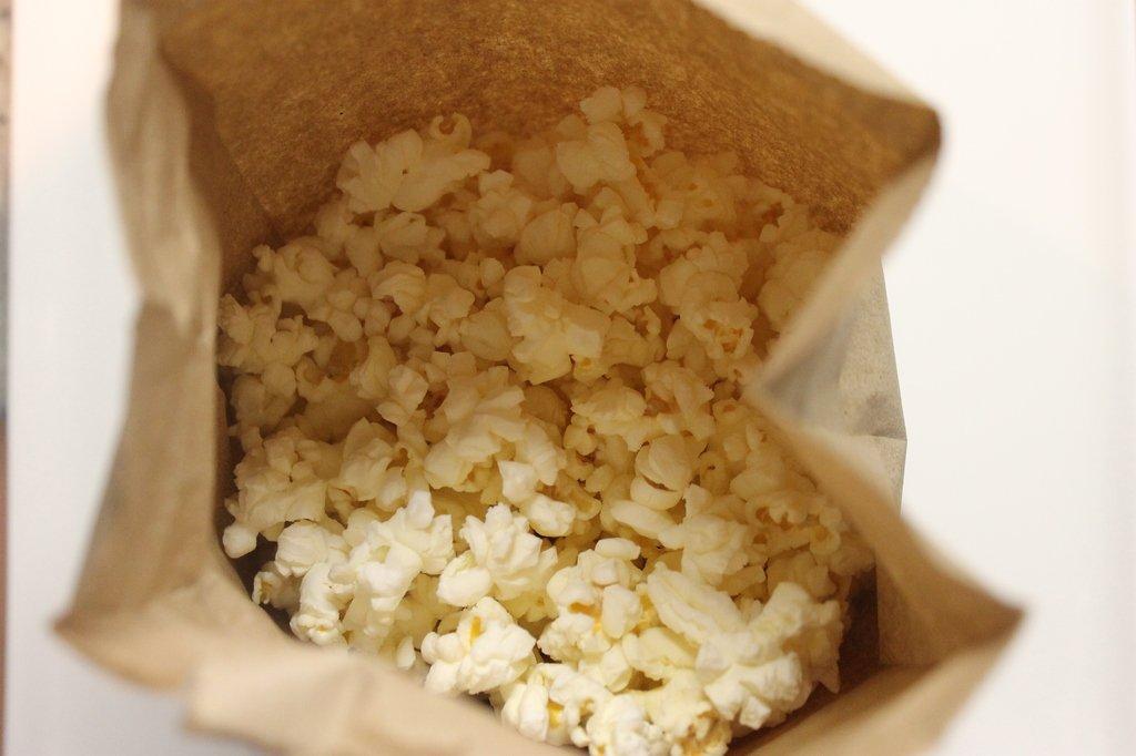 ways to keep popcorn healthy