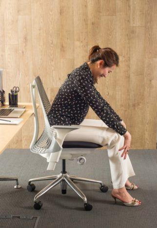 desk chair for lower back pain barber shop waiting chairs 4 simple desk-based stretches effective relief