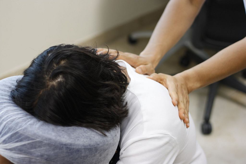 5 Things To Consider Before Buying A Massage Chair
