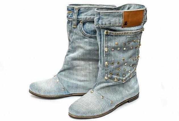 Ескі джинсы етіктері
