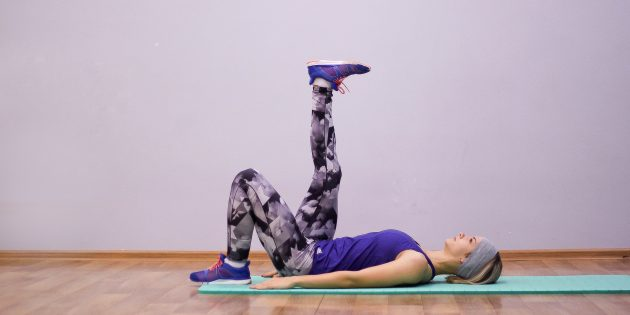 упражнения на гибкость: растяжка задней поверхности бедра