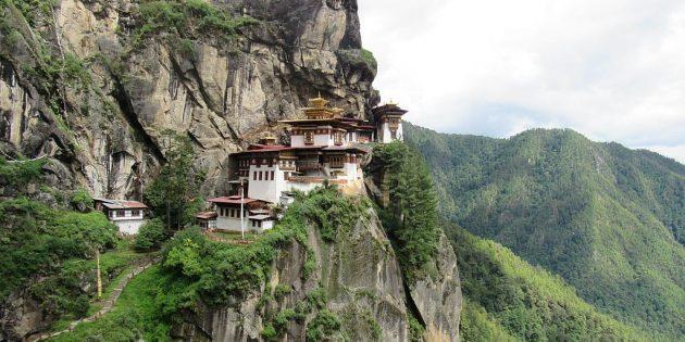 Территория Азии не зря привлекает туристов: монастырь Такцанг-лакханг, Бутан