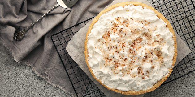 Сливочно-кокосовый крем с шоколадом для торта: простой рецепт