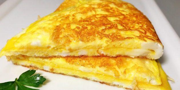 صبحانه سریع: Omelet با پوسته پنیر ترد