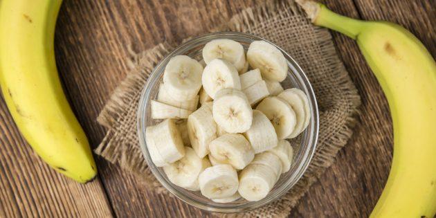 Как бороться с бессонницей: помогут бананы