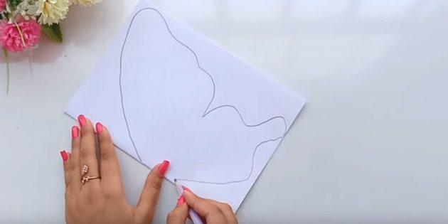 บัตรอวยพรสำหรับมือของคุณ: พับกระดาษสีขาวได้หลายแผ่น