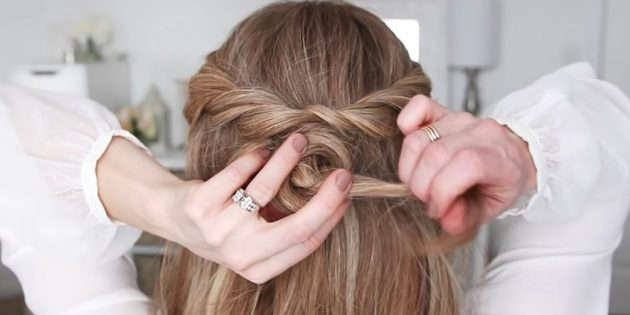 Причёски на длинные волосы: сделайте узел