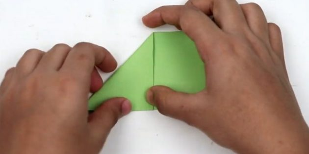کارت پستال های سال نو آن را انجام می دهد: گوشه ای را تولید کنید