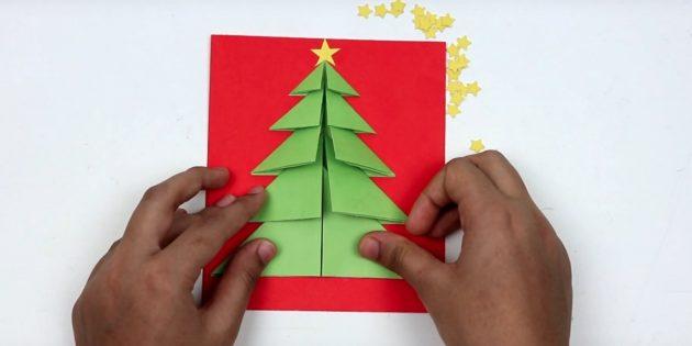 Les cartes postales du Nouvel An le font vous-même: complétez l'arbre de Noël