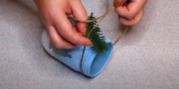 Comment faire un chandelier de vos propres mains: attachez un arc