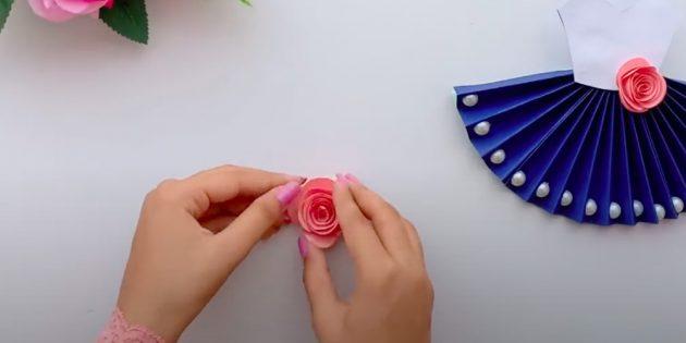 Поделки на 8 Марта своими руками: сверните спираль розочкой