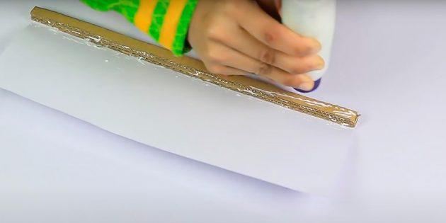 Ambachten op 8 maart doen het zelf: kruis het kernpapier