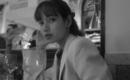 BLACKPINK リサ、大人っぽい表情にうっとり…センス溢れるモノクロ写真で近況を公開