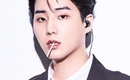DAY6(Even of Day)のYoung K、オンラインコンサートのポスターを公開…スマートなスーツ姿