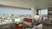 Hollywood Hills Hotel Loews