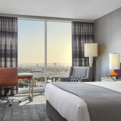 Hotels With Kitchen In Miami Ceiling Fans Lights Hollywood Luxury Hotel | Loews