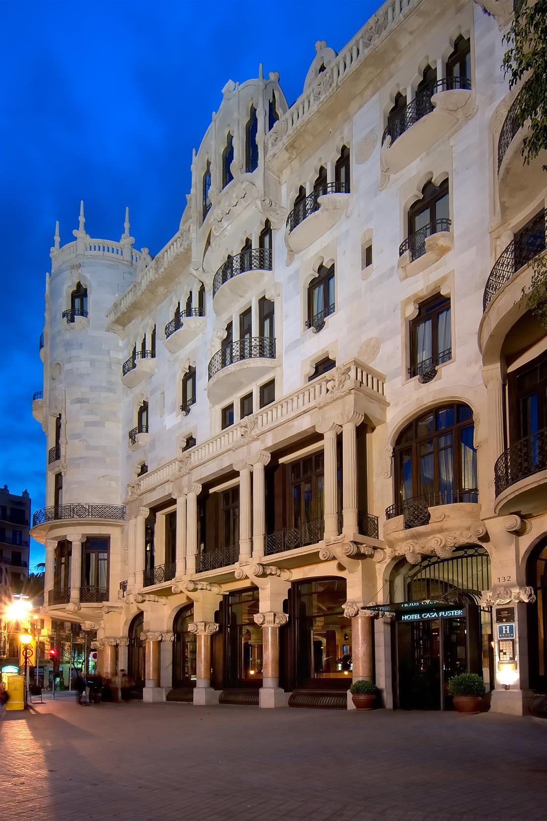 Trenes Madrid - Barcelona Desde 41 . Ofertas De Billetes