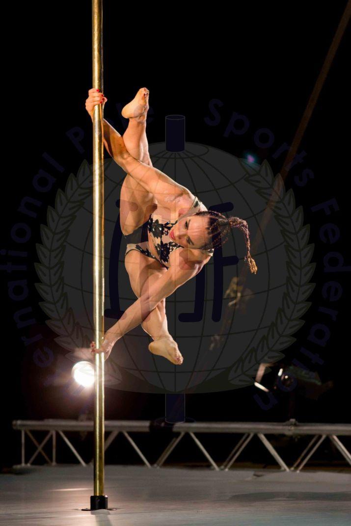 pole-dance-2