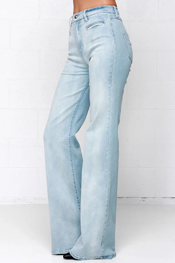 Somedays Lovin Daze Light Wash Jeans Flare Jeans 8700