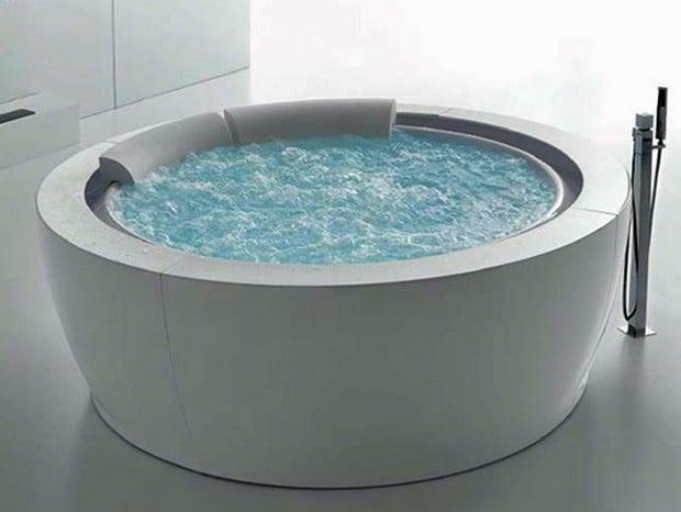 Round Whirlpool Bathtub By Hafro New Bolla Sfioro