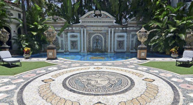 Casa Casuarina : Les Beckham rachètent le manoir de Versace