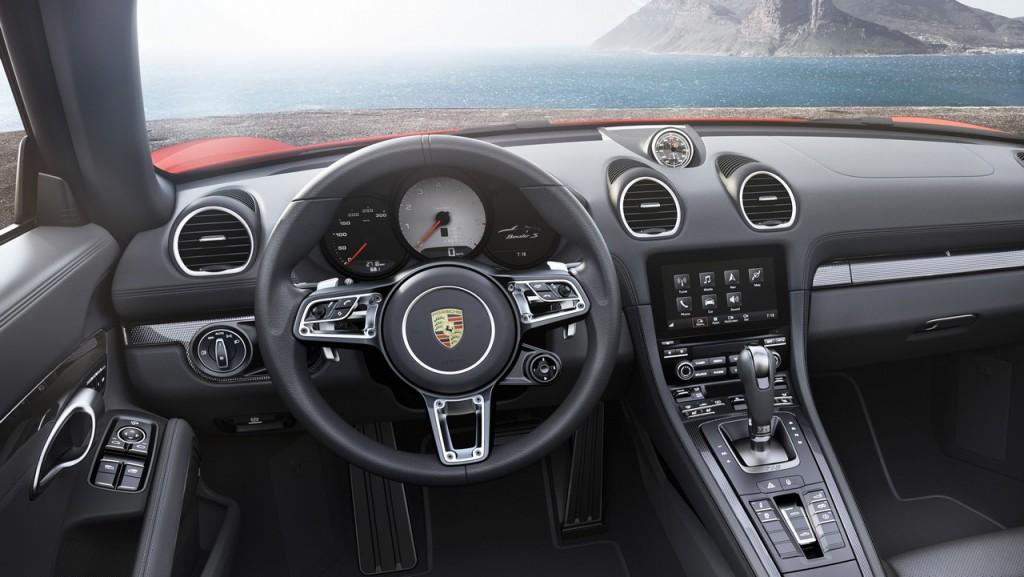 Porsche5_718boxster_Luxe