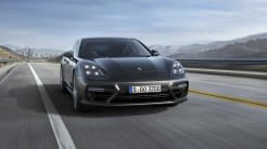 Porsche_Panamera4_Luxe