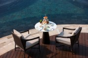 Hanging Gardens of Bali - Pool Table