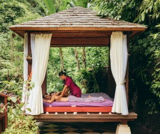 Hanging Gardens of Bali - Massage