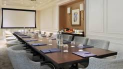 four-seasons-cap-ferrat-grand-hotel-meeting