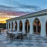 danny-thomas-estate-terrasse-2