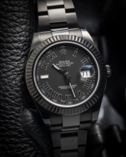 Rolex-Oyster-Perpetual-Titan-Black-Luxe
