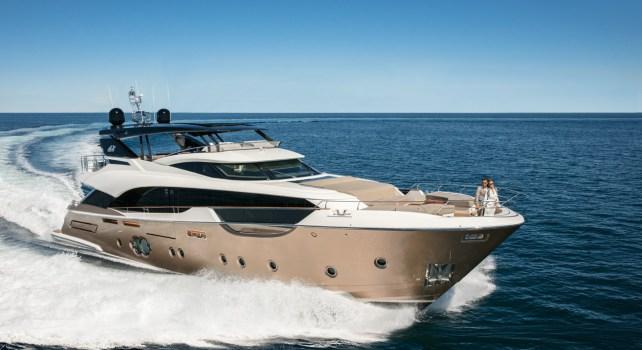 MCY96 : Le yacht de luxe aux multiples récompenses