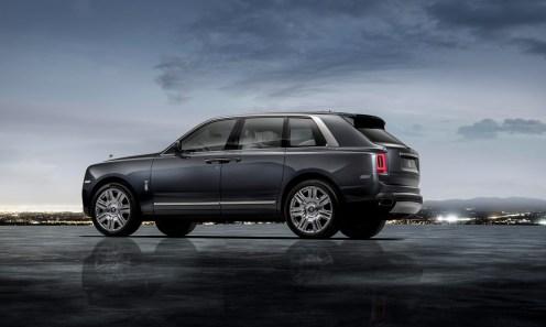 Rolls-Royce_Cullinan3_SUV_luxe