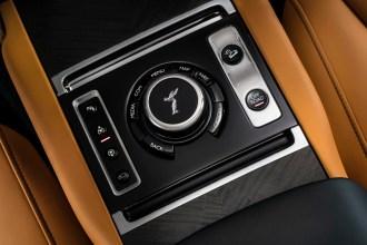 Rolls-Royce_Cullinan5_SUV_luxe