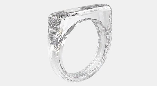 The (Red) Diamond Ring : Une bague conçue par les ingénieurs d'Apple vendue aux enchères pour 256.250$