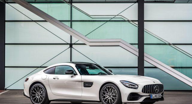 Mercedes AMG GT et GTR PRO : Les deux nouveaux super-bolides allemands
