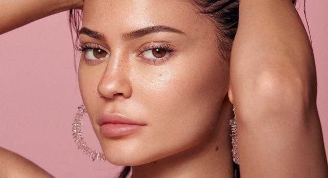 Kylie Cosmetics : La marque de la superstar Kylie Jenner rachetée par le groupe Coty