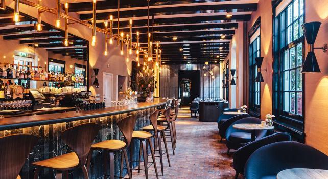 OCCO Bar Brasserie : Une cuisine moderne derrière les façades historiques d'Amsterdam