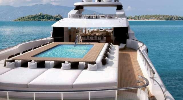 Benetti superyacht Lana : Découvrez ce yacht d'envergure de plus de 100 mètres de long