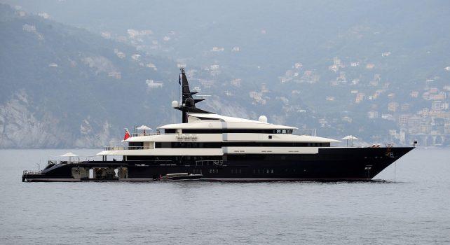 Steven Spielberg : Son luxueux yacht en vente à 131 millions d'euros