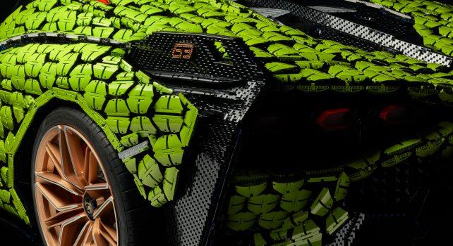 Lamborghini Sían FKP 37 grandeur nature LEGO® Technic™ : L'iconique supercar recomposée