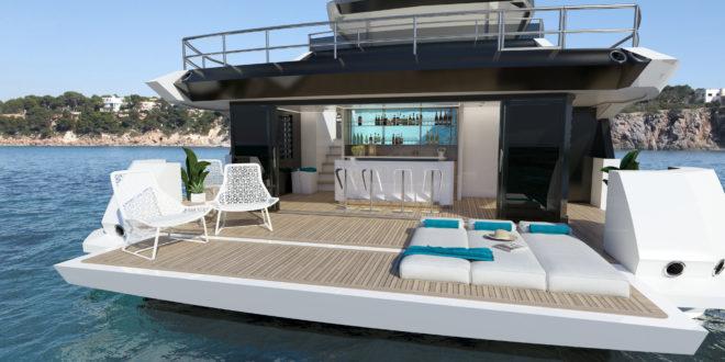 The beach club on the Sunseeker 161 Yacht