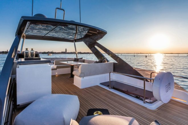 The Ferretti Yachts 670 has a large flybridge