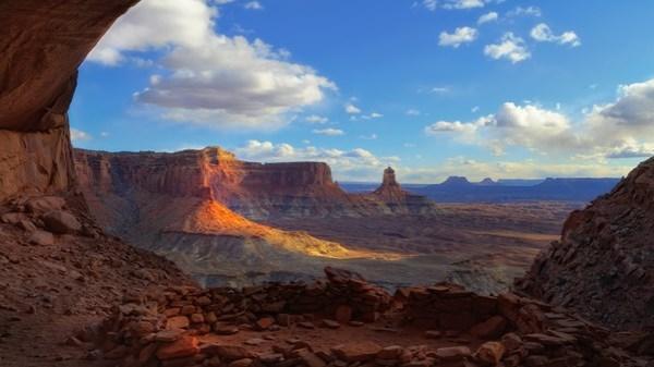 landscape wide-angle