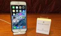 Apple iPhone Lightning Dock Review: Simple Design With ...