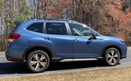 Review: 2019 Subaru Forester Pairs CarPlay With a Great