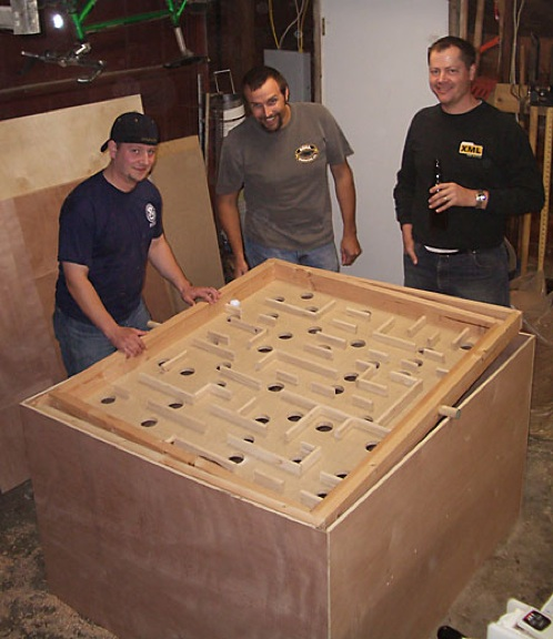 Balance Board Maze Game: A-Maze-ing Game - Building A 16:3 Scale Labyrinth