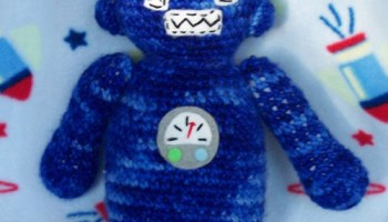 ROBOT – Amigurumi Patterns | 200x350